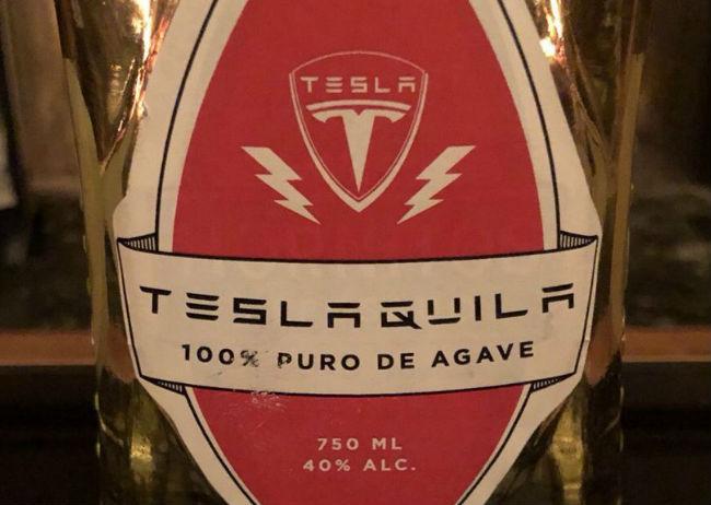 """Teslaquila"" se enfrenta al Consejo Regulador del Tequila"